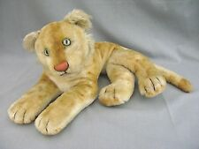 Steiff ? Pedigree ? Reclining large lioness or cub with Growler Mohair - 1950s ?