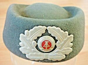 DDR, Uniformmütze, Kappe für Frauen der Landstreitkräfte NVA          (Art.5194)
