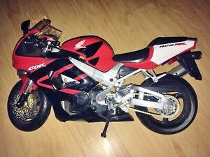Moto Honda CBR 929 rouge miniature 35 cm