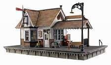 WOODLAND SCENICS BUILT & READY HO SCALE BUILDING THE DEPOT - LED LIGHTING