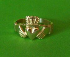 """Ladies Claddagh Ring Solid 14K Yellow or White Gold Most Sizes """"Wholesale Price"""""""