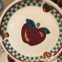 A Is For Apple Tabletop Unlimited Dinner Plates Set Of Four 10 Inch Vintage