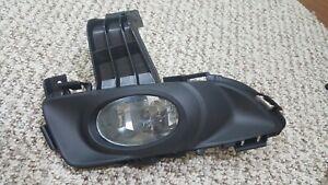 For 2004-2006 Mazda 3 i Sedan Passenger Side Fog Light Lamp RH