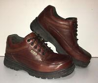 Men's Clarks Goretex Walking Shoes UK Size 8 Brown Leather Hiking Waterproof VGC