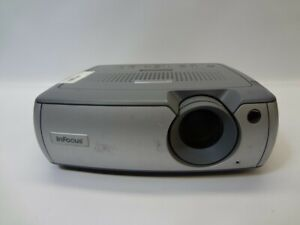 InFocus LP540 400:1 1700 ANSI Lumens LCD Video Projector w/Lamp*No Remote*