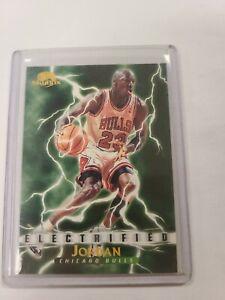 1995-96 SKYBOX BASE MICHAEL JORDAN CARD #278 ELECTRIFIED