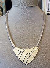 Classic!!! TRIFARI Vintage 70s Cream Enamel Silvertone Choker Statement Necklace