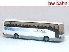 Wiking h0 071408/714 08 36 autobús chocó MB o 404 RHD Ingolstadt (invg), Audi