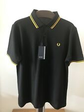 Men's Authentic Fred Perry M1200 506 Polo Shirt. Classic Fit. Small