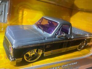 JADA BigTime Customs 1972 Chevy Cheyenne 20th Anniversary 1:24 Scale MINT 2021