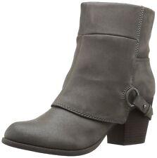 Fergalicious Women's Liza Boot Grey 6B(M) US