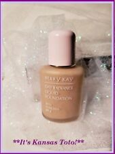 MARY KAY DAY RADIANCE LIQUID FOUNDATION SPF 8 6323 ANTIQUE IVORY