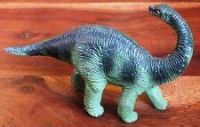 APATOSAURUS Infante DINOSAURO dalla Carnegie Safari Ltd. 1988 spedizione Regno Unito in buonissima condizione.