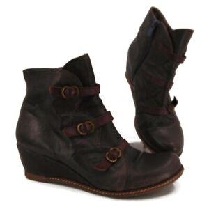 Eric Michael Lena Wedge Ankle Boot US 9.5 EUR 40 Booties Buckle Trim Gray Zip