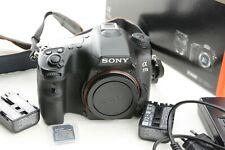 SONY Alpha 77II (ILCA-77M2) Spiegelreflexkamera 24.3MP Body-  Auslösungen 20880
