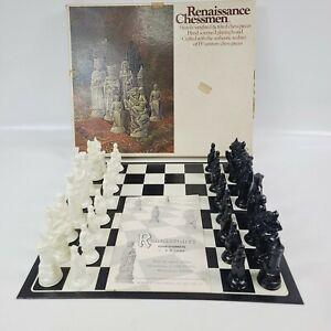 Vintage Renaissance Chessman Chess Set, E S Lowe 1970 ~No.832 ~ Complete w Board