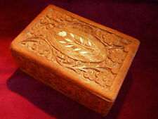 VINTAGE CARVED WOOD JEWELRY/TRINKET ANTIQUE BOX FROM INDIA**FREE U.S. SHIPPING