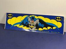1982 BATMAN BUMPER STICKER BUTTON UP TM DC COMICS BRUCE WAYNE JUSTICE LEAGUE 578