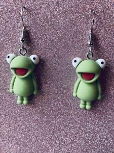 FUNKY KERMIT FROG Green Retro Kitsch Cute Earrings Size 2.4 x 1.4 cms
