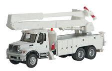 11754 Walthers SceneMaster International 7600 White Utility Truck w/Bucket Lift