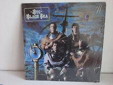 XTC Black sea 202836 FRANCE encore sous cello avec sticker sur cellophane