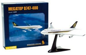 1/400 Herpa Boeing 747-400 Singapore Airlines MEGATOP