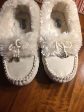 White Fur Line Moccasin Slippers Size 7
