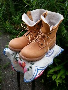 Timberland ladies tan boots 4.5  waterproof fleece-lined as-new autumn walking