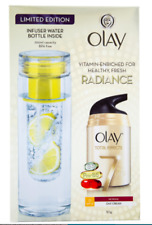 Olay Total Effects 50g Day Cream Normal SPF 15 & 700 ml Infuser Water Bottle Set