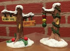"""Charming Tails """"Street Light & Sign"""" - 87/561 - 1995 - Original Boxes"""