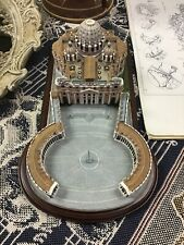"""Vintage The Danbury Mint """"Vatican And St. Peter'S Basilica"""" With Wood Stand"""
