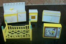 vintage yellow plastic doll house furniture bed sink unit tv oven storage lundby