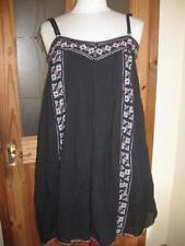 River Island V-Neck Sleeveless Dresses Midi