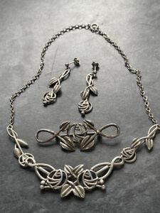 Lovely Vintage Carrick Scottish Silver Mackintosh Glasgow Rose Jewellery set