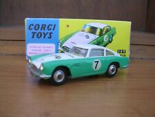 Corgi 309 competencia Aston Martin y Caja-Excelente!