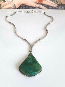 Phantastisches älteres Collier Silber 925, besetzt mit Malachit Stein, 70er