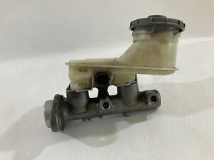 2001-2005 Honda Civic Brake Master Cylinder W/Brake Fluid Reservoir OEM