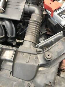 FORD FIESTA MK6 1.2 &1.4 COOL AIR INTAKE PIPE INTO FILTER WITH CLIPS 03 TO 2008