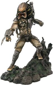 DST Gallery Diorama Unmasked Predator Statue Limited Edition