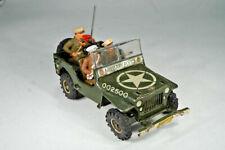 Blechspielzeug Arnold Willys Jeep J-2500 mit 3 Mann Besatzung  - Soldaten