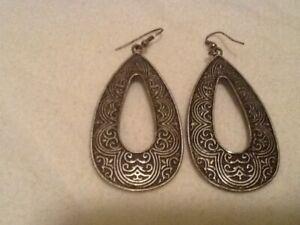 Costume jewelry- teardrop shaped metal earrings