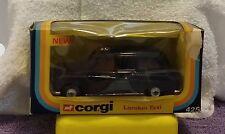 Corgi  #425 Austin London Taxi  1/43 Boxed Box
