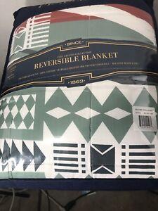 "Pendleton Fire Legend Collection King Reversible Blanket - 107"" x 98"""