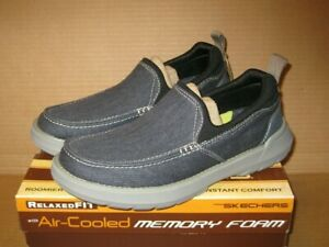 SKECHERS Relaxed Fit Doveno - Hangout     Navy     Size 8   204050