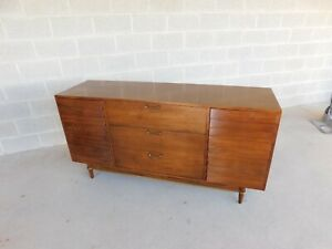 American of Martinsville Dania Collection Credenza / Dresser