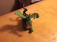 1988 Britains Plastic Fire Breathing Dragon Figure on Wheels ZZ