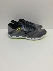Mizuno Men's Wave Horizon 4 Running Shoe Gray/lime Black 10.5 D(M) US EU 44