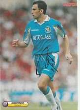 Gustavo Poyet Chelsea 1997-2001 revista original firmada a mano de corte