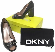NEW $245 Donna Karan DKNY Shoes (Pumps Heels)! 7  Black  *Italy*  *Metal Chain*