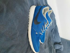 Size UK 12 men - Nike Roshe Run